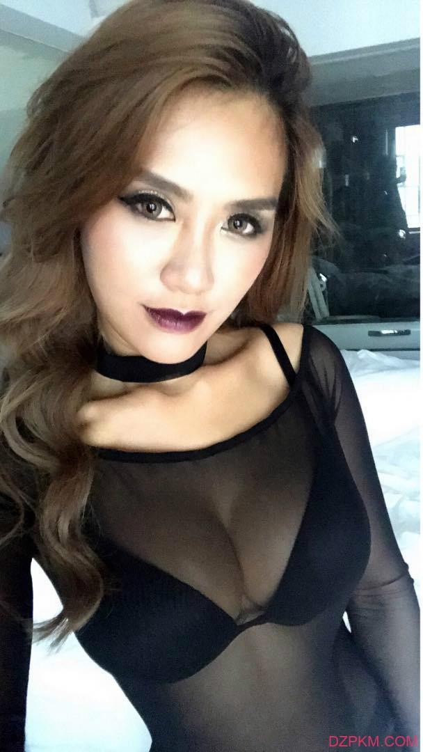 香港辣妹Joss cheung 小黑妞性感古铜色肌肤迷人