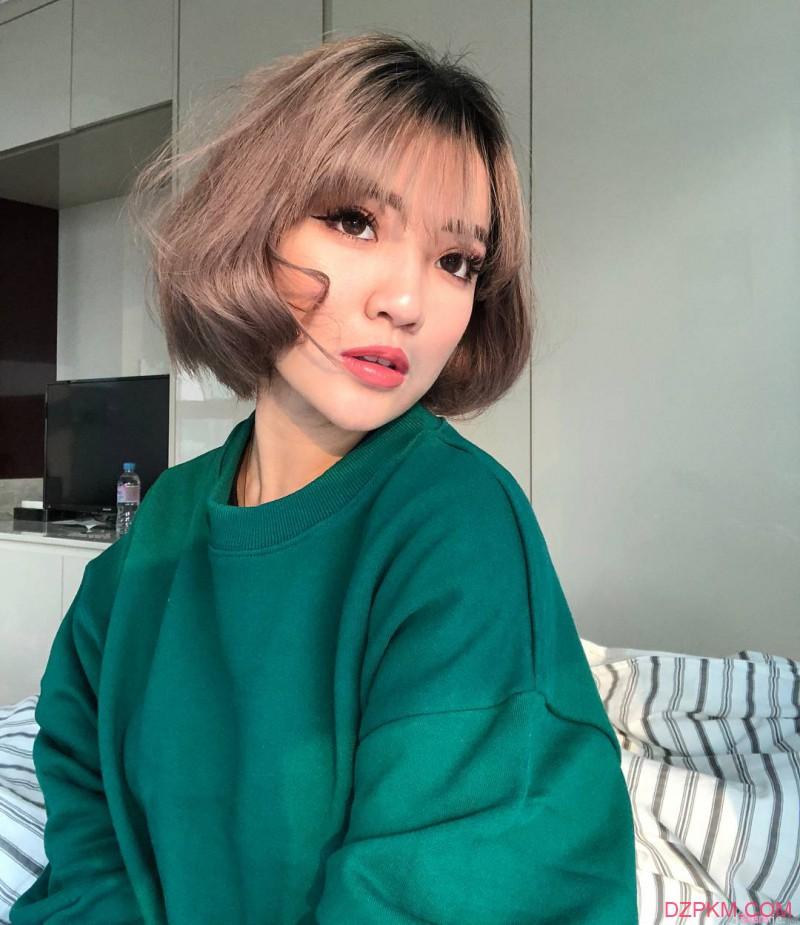 新加坡网红正妹梁文珊Naomi Neo 性感完美身材吸粉近40万