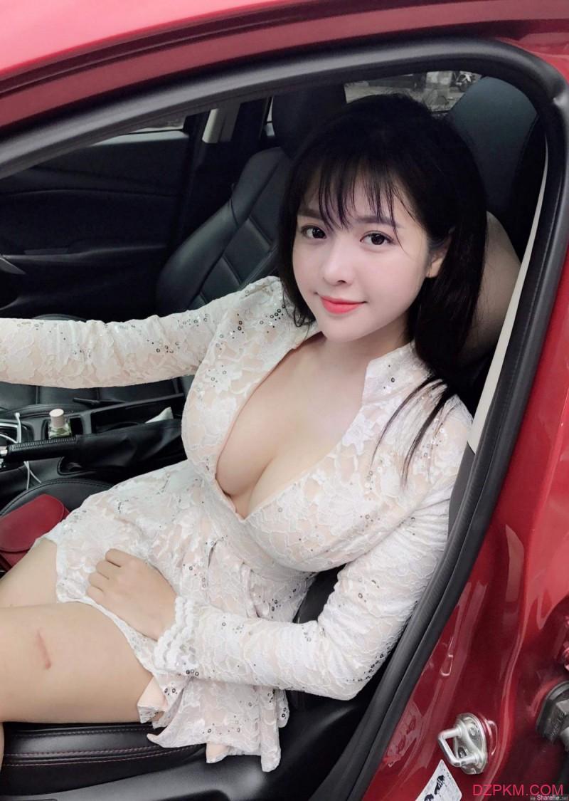越南网红正妹Trang Nguyễn 超正单亲妈妈靓丽性感迷人