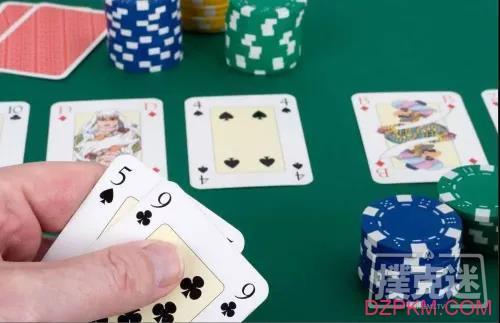 德州扑克中三连注诈唬与锦标赛的生存时间