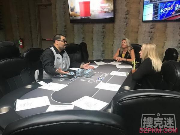美国扑克室在争议声中重新开放