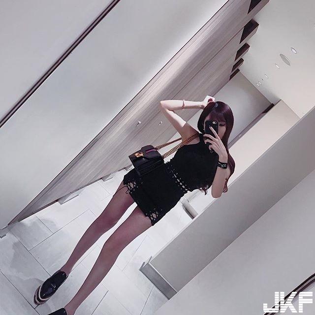 台湾妹子超OP!超细长腿+前凸后翘不科学身材,超凶猛「S曲线」让人想盯著看!