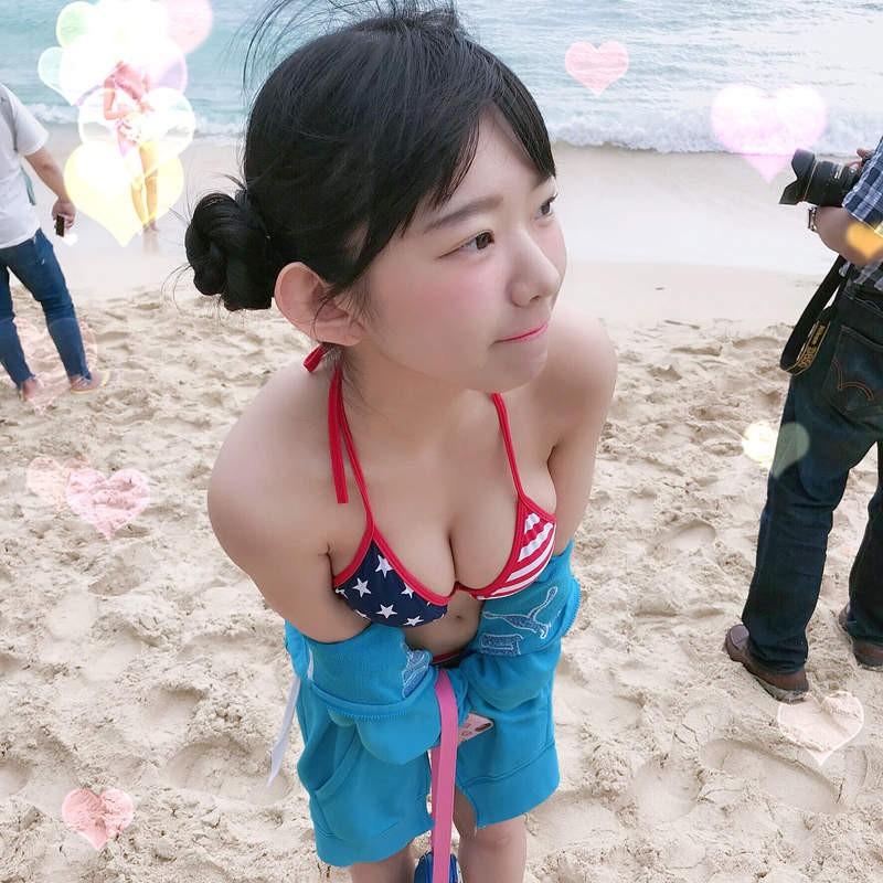 童颜美女长泽茉里奈写真生活照 巨乳萝莉又萌又性感