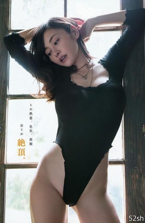 坚持只当写真女星不拍AV的G奶写真长青树 杉原杏璃拒拍AV下月登台