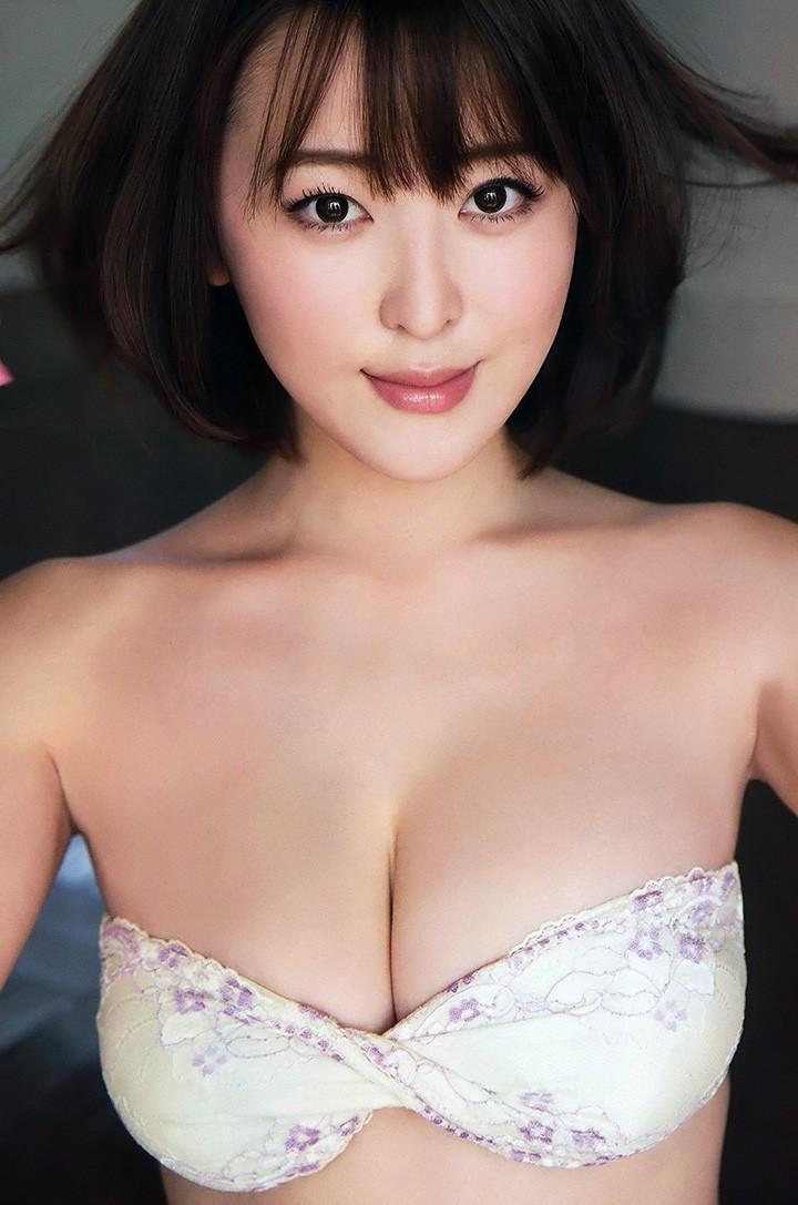日本最胸女大学生忍野さら凭G奶诱惑成本年度最强新人