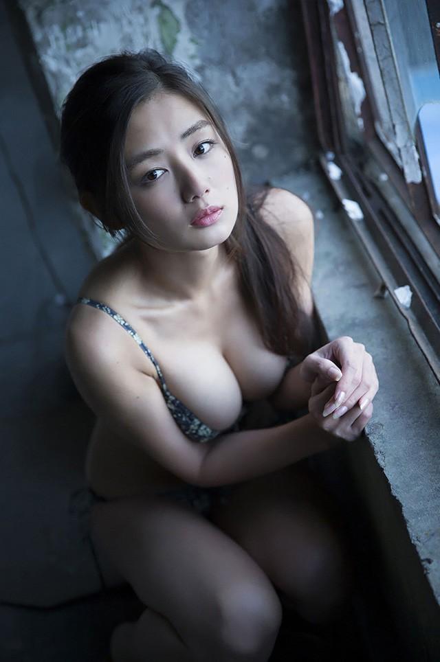 前日本小姐片山萌美Cosplay貂蝉 上位放送G奶诱惑