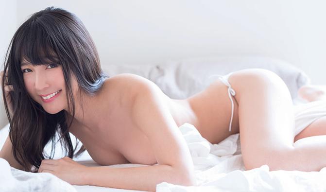 川崎绫(川崎あや)半裸写真 妖娆美女性感小蛮腰迷人