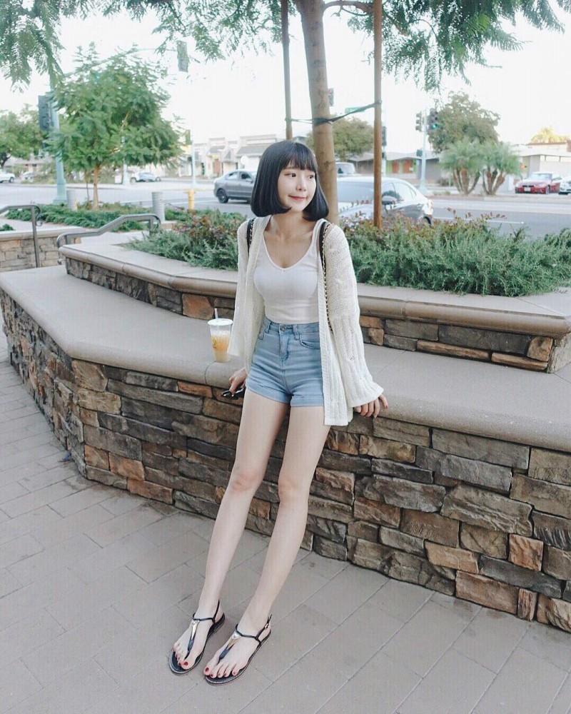 台湾清纯美女正妹圆圆 甜美气质宛如邻家女孩