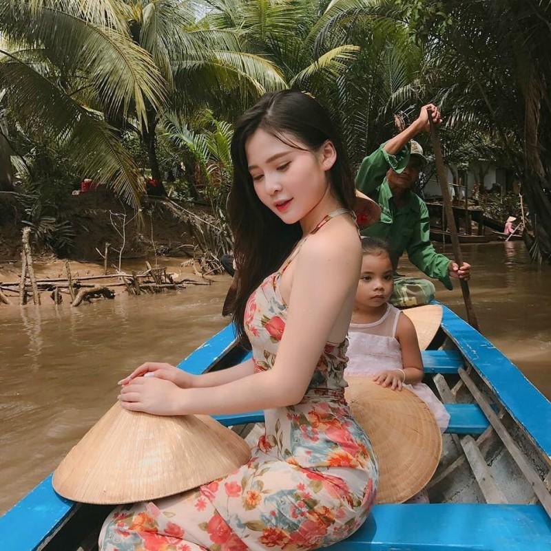 越南性感火辣正妹 甜美翘臀美女S曲线迷人