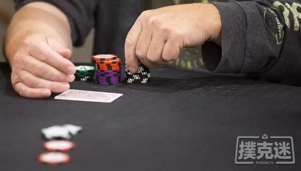 德州扑克中要掌握河牌圈超额下注这个强大的武器