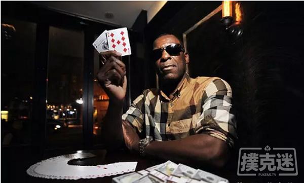 毒贩在监狱打了15年的扑克..结果出狱用500美元赢出了150万