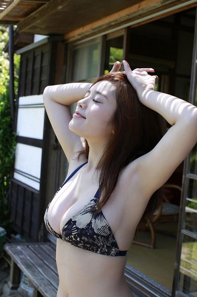 《黑服物语》《希》筧美和子尽显89H人间胸器