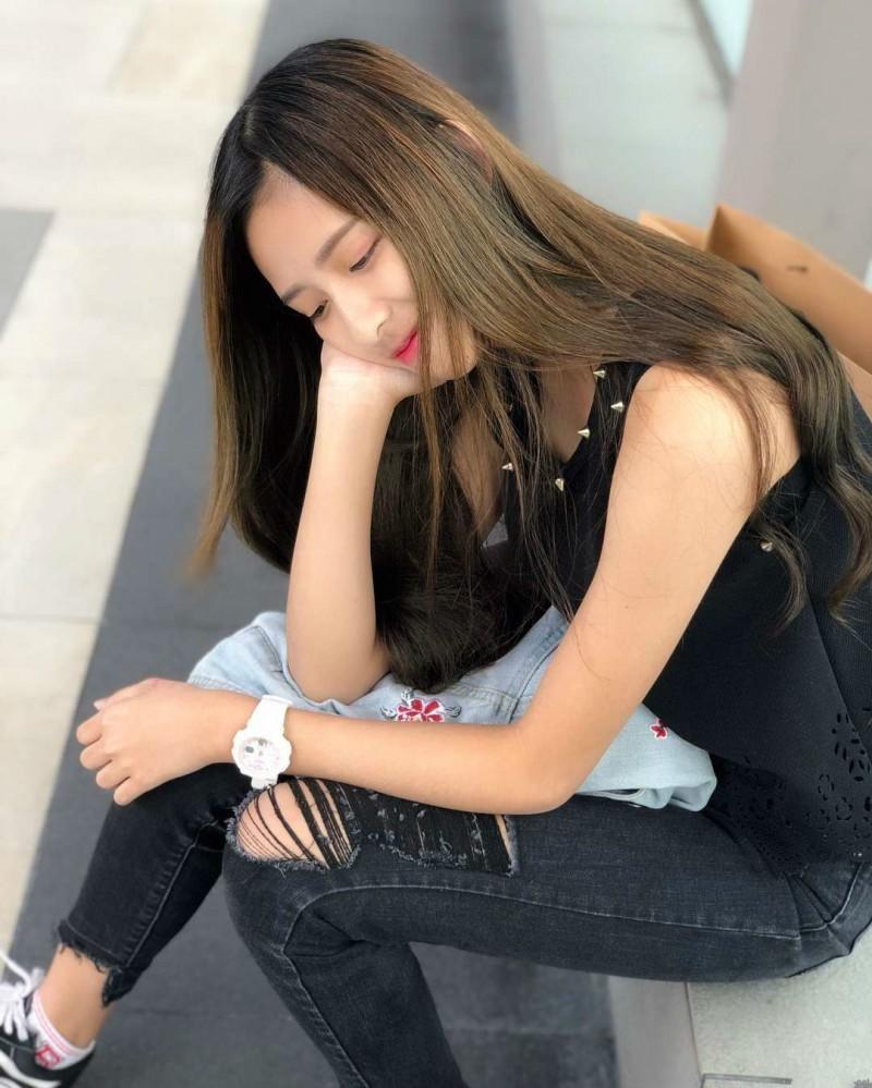 小清新正妹Qingrui曾庆蕊 甜美气质秒杀男同学