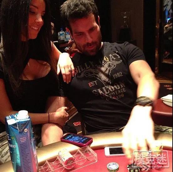 炫富达人参加单挑锦标赛,是时候展现扑克实力了?