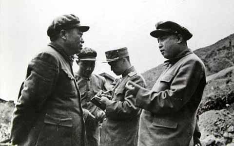 三次战役后彭德怀金日成争执:人民军自己打釜山