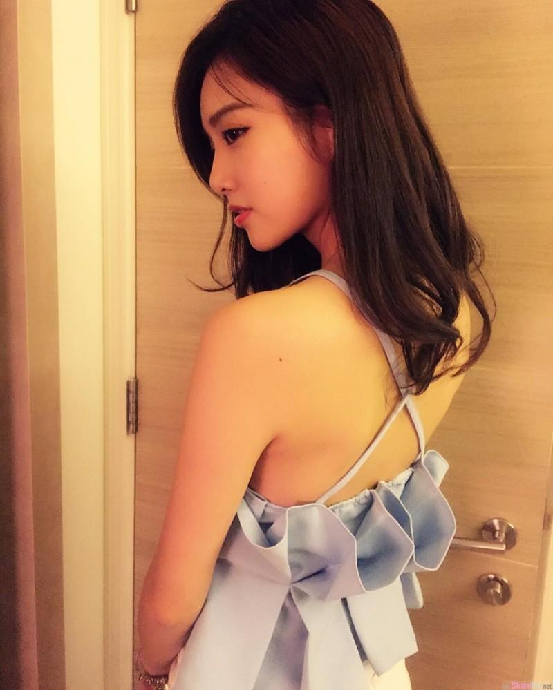 香港正妹Ling Ling 甜美小清新宛如邻家女孩