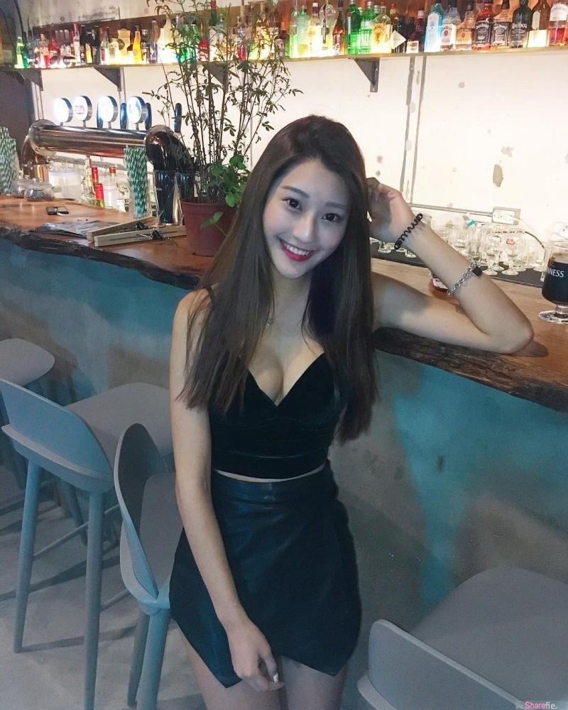 校花正妹郑安文 清新甜美女生波涛汹涌