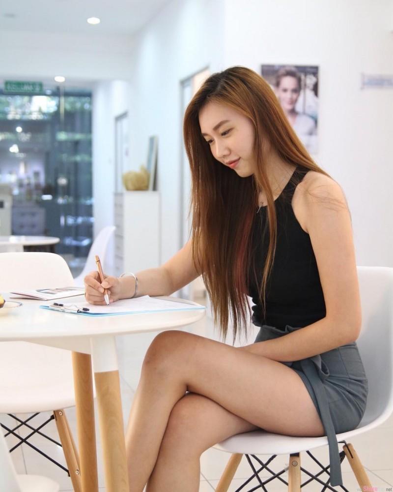 大马槟城正妹Phinx Lim 魔鬼身材美女凹凸有致性感迷人