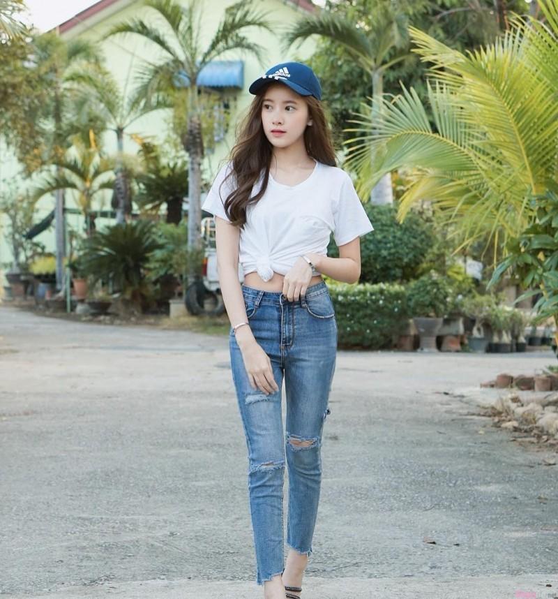 泰国正妹Ariya K 小清新气质可爱又性感
