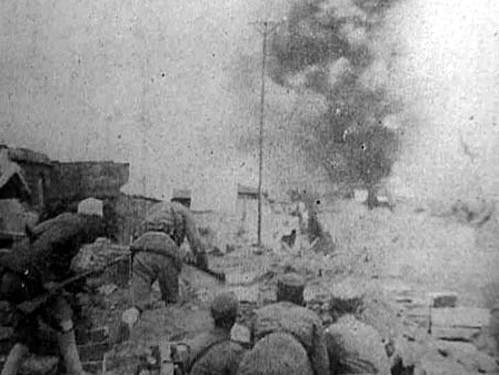 余程万率部8千血战日军16天只剩83人 后被判刑4年