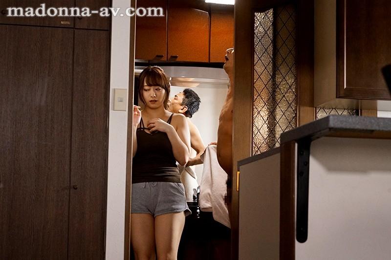 JUL-346:白石茉莉奈被上司拍下裸照沦为专属性奴!