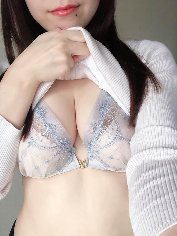 dtt-067 :淫乱浪女浅宫千夏 肉体相当暴力。