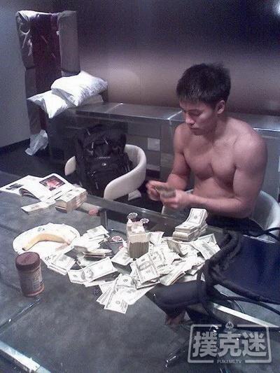 为海鲜餐馆放弃高额扑克收入的两兄弟