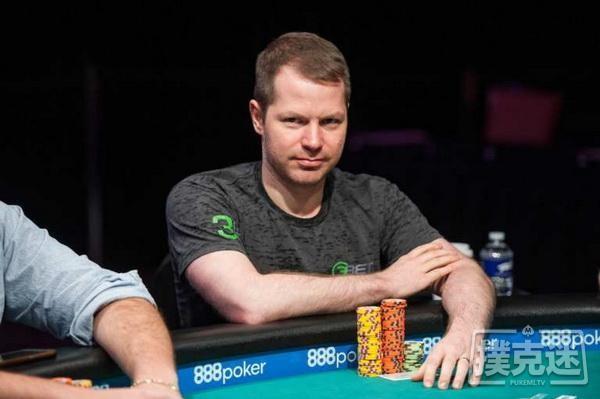 德州扑克用简单直接的玩法谋取价值