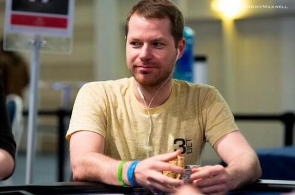 德州扑克大神Jonathan Little谈扑克:用垃圾牌对抗跟注站