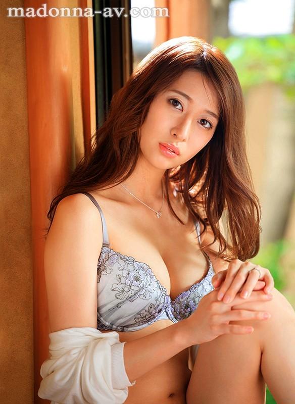 JUL-348:春明润沉沦在公公又粗又大的肉慾之下!