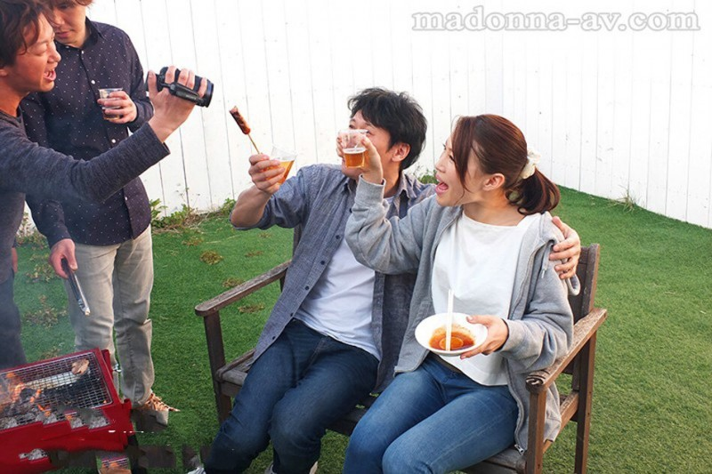 JUY-927 :巨乳娇妻凛音桃花和同事们的淫荡旅游!