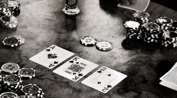 德州扑克什么情况下你会在flop就放弃一手超强牌