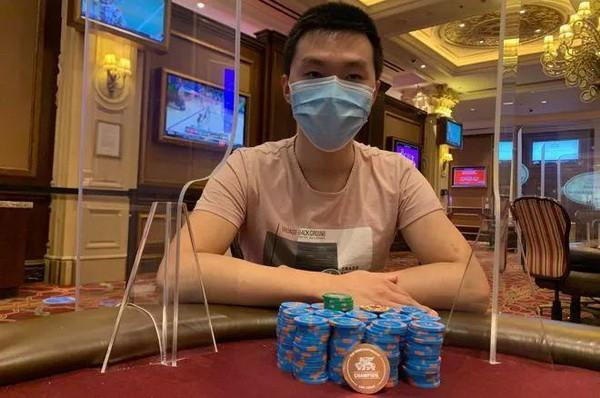 """华裔数学博士Ye""""YUAN365""""Yuan打入WSOP国内赛决赛桌!"""