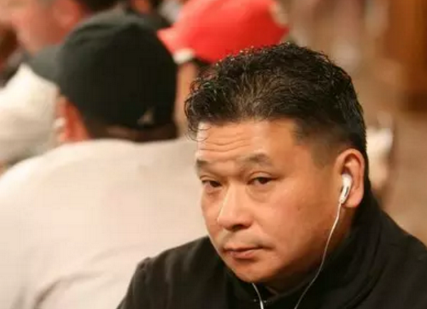 德州扑克大神Johnny Chan 超池下注打飞魔术师