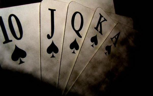 德州扑克助你踏上职业牌手的成功之路