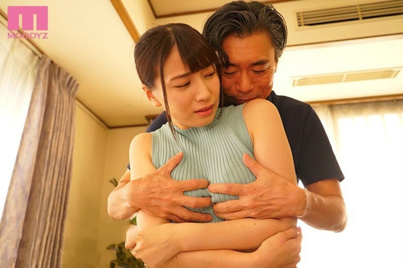 MIDE-707: 不伦的妻子 初川南 乖乖翘起了屁股给公公插入!