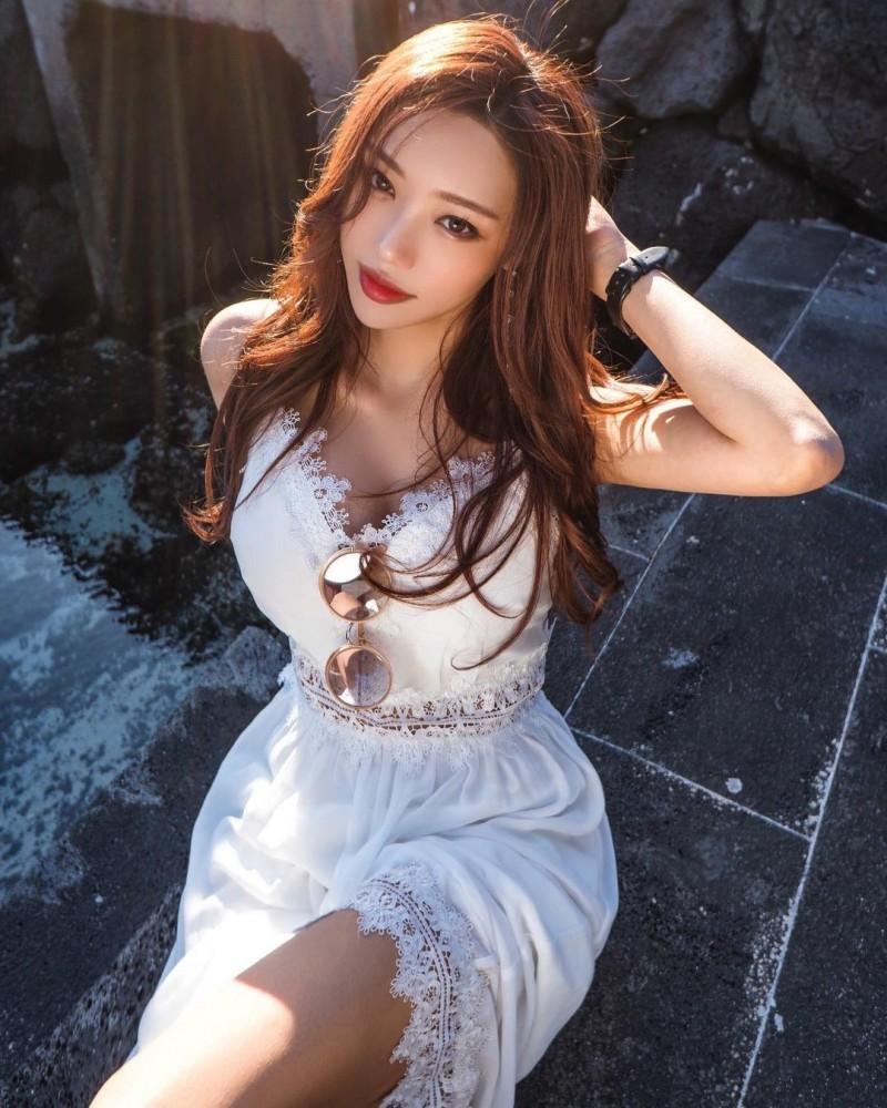 美艳气质姐姐「쏘블리」精致五官如仙女下凡纤细曼妙「完美体态」辣到喷火