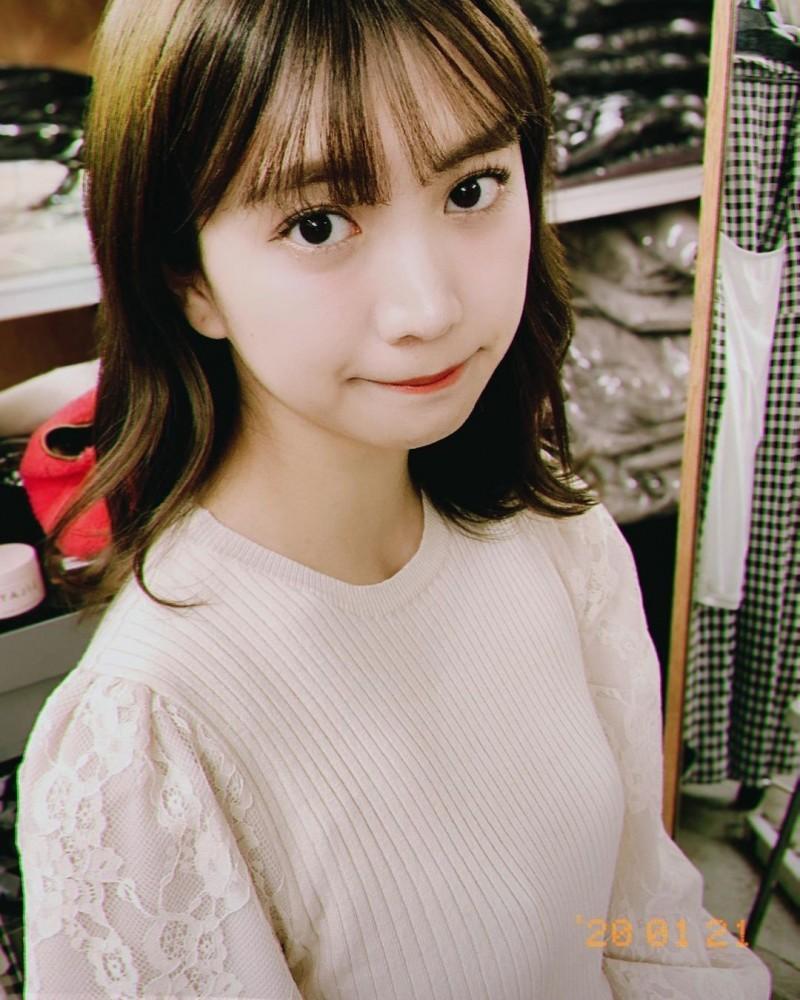 日本最可爱便利店员「源藤アンリ」写真迷人笑容让人秒沦陷