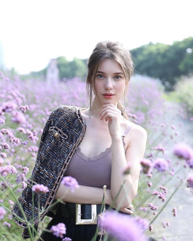 真仙女下凡!四国混血美女《Anastasia Cebulska》梦幻颜值惊呆网友!
