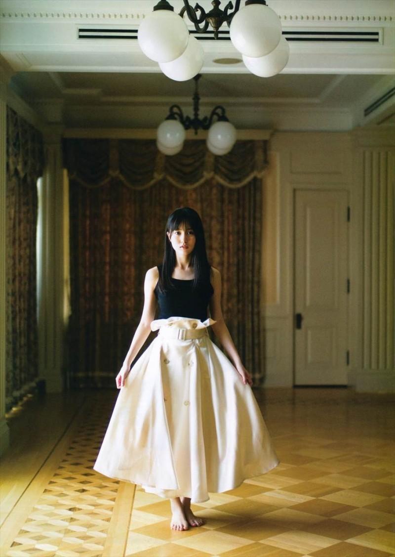 乃木坂46次世代王牌「贺喜遥香」神级美貌不输白石麻衣浑身上下都偏散着仙气啊
