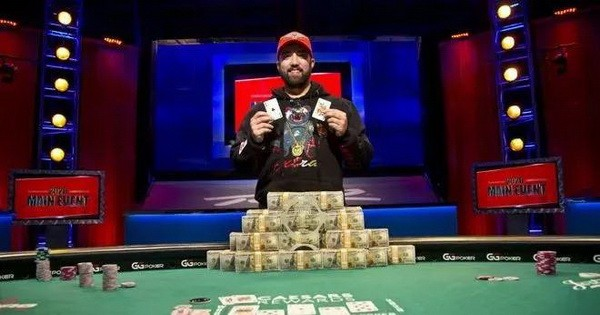 Damian Salas力压Joseph Hebert赢得2020 WSOP主赛事冠军!