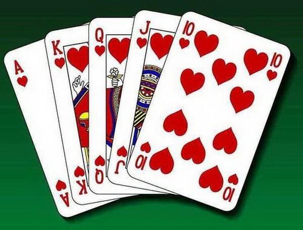 德州扑克使数学理论与牌桌实战完美契合(1)