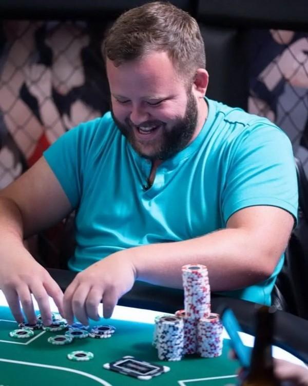Mike Matusow指控Scott Ball骗取了Hellmuth的80万美元