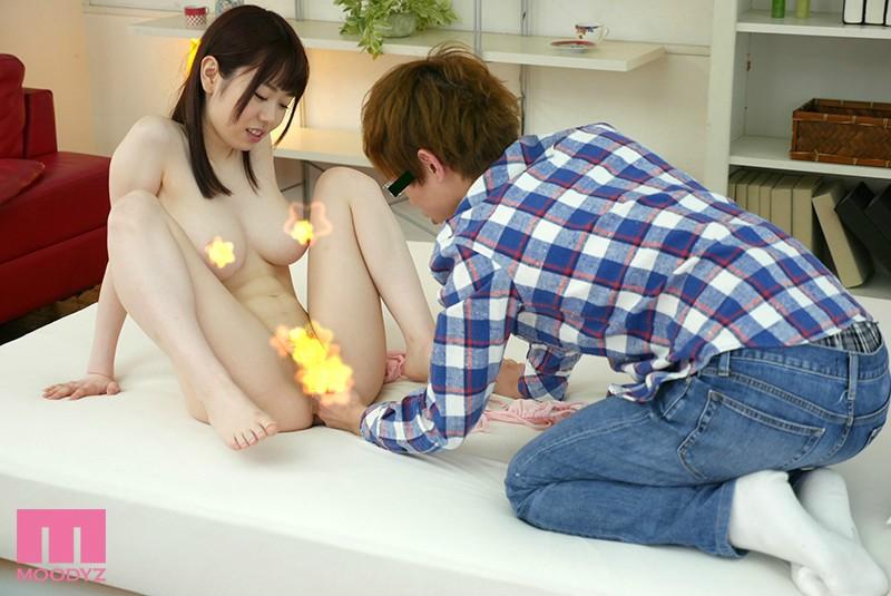 MIDE-649:乳神水卜樱扭动细腰开始榨取处男汁液。