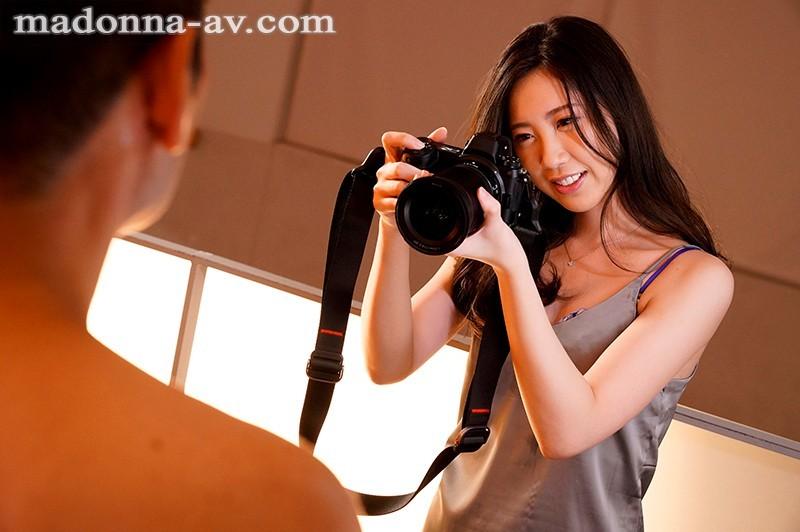 JUL-424:时尚模特都嫉妒的美貌!2021年第一轻熟女这次不摄改被搞!