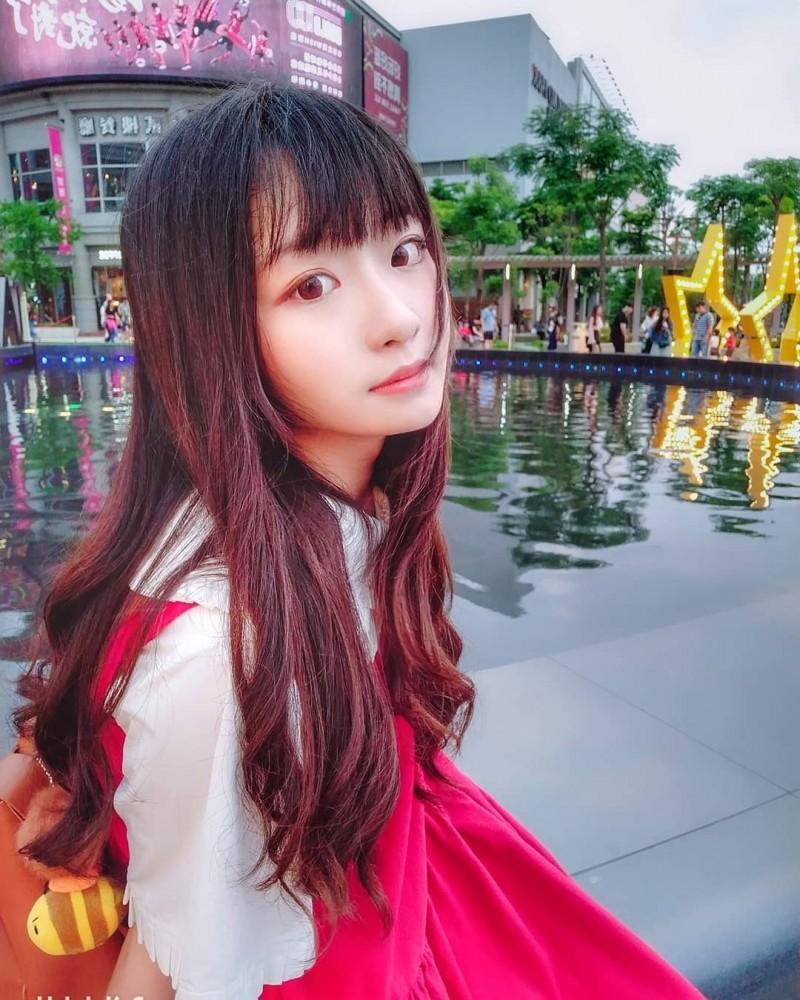 爱笑的眼睛!北艺大音乐系女神「林涵钰Ruri」超萌脸蛋让人融化了!