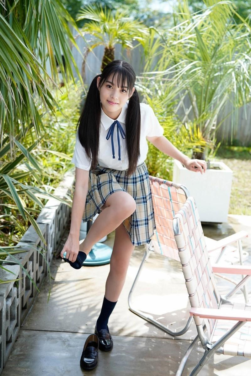北海道纯白偶像「猪子れいあ」比基尼辣满曲线不敢相信她还只是高中生!?