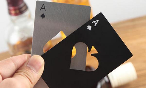 德州扑克翻牌圈在不利位置拿着超强牌时下注还是check?