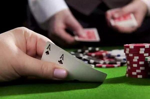 德州扑克不要迷恋上一手牌