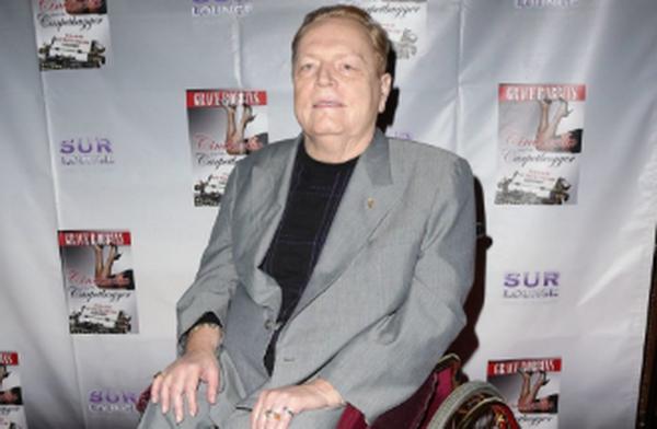 娱乐城老板拉里·弗林特去世,享年78岁